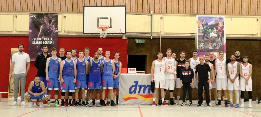 WE 01.09.18 / Heide Basketball Cup / Mannschaften Platz 1 (Eimsbütteler TV) und 2 (Ebstorf Heide Knights)