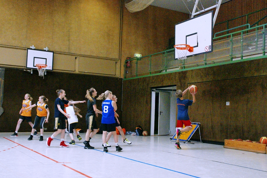 03.06.2017: kinder+Sport Basketball Academy / in den Pausen