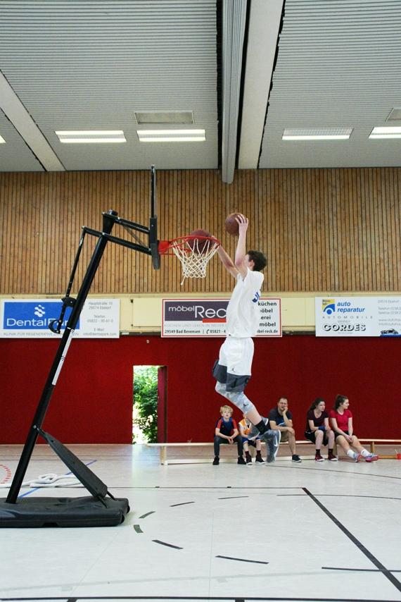 03.06.2017 - Abschlussdaddeln / Dunking-Wettbewerb - Jonas Homa