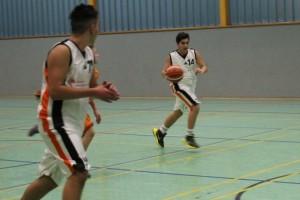 26.02.2017 / Spielbericht U14 / Florian Hagjoviq – am Ball – erzielte für den TuS 21 Punkte