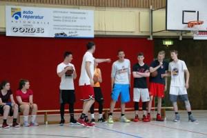 03.06.2017: Abschlussdaddeln / Teilnehmer Dunking-Wettbewerb