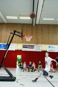 03.06.2017: Abschlussdaddeln  / Dunking-Wettbewerb - Jonas Homa