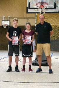 03.06.2017: Abschlussdaddeln / Besondere Ehrungen - Daniel Bischoff und Alina Villette
