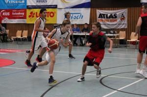 WE 21.01.2017 / Vorbericht U16 / Sven Katenkamp – am Ball, dahinter Fuad Hagjoviq – beide fehlten beim letzten Spiel verletzt